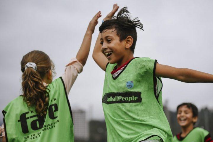 POZIV ZA DODJELU GRANTOVA: Ispričajte Vašu Priču O Inkluziji I Antidiskriminaciji Kroz Fudbal